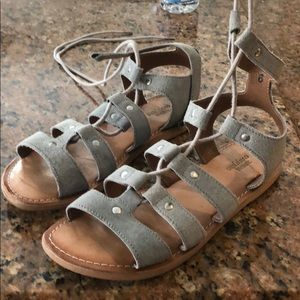URBAN OUTFITTERS Lace Up gladiator suede SANDALS 6